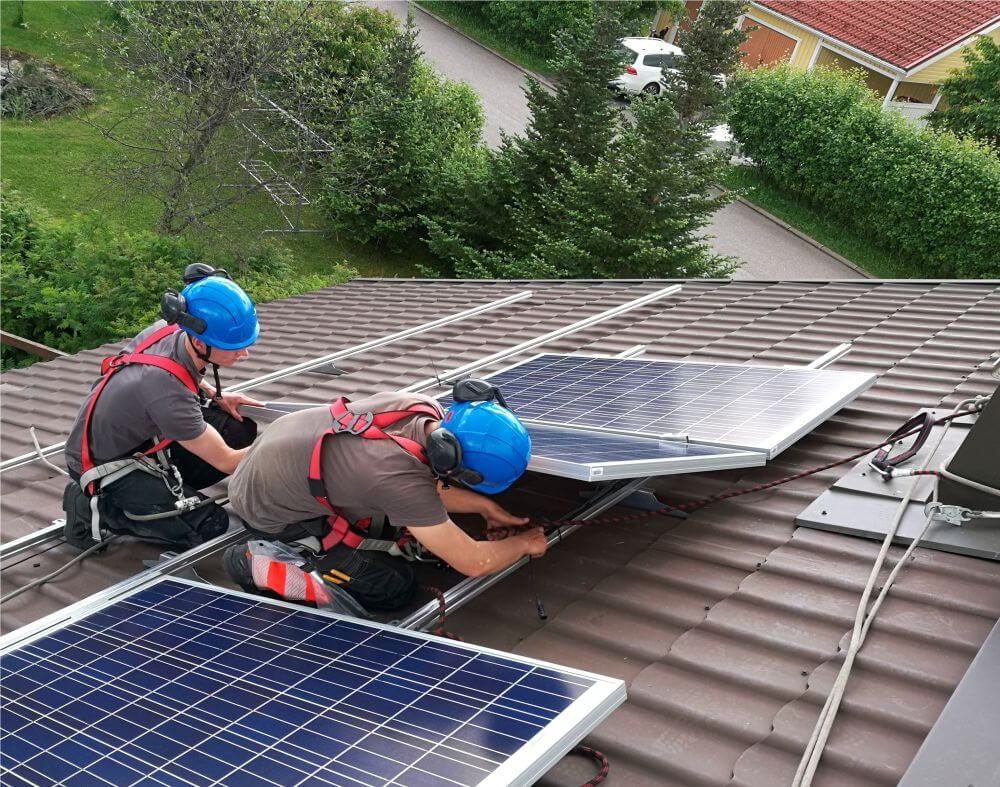 Solarum Suomi Oy - Aurinkopaneelit